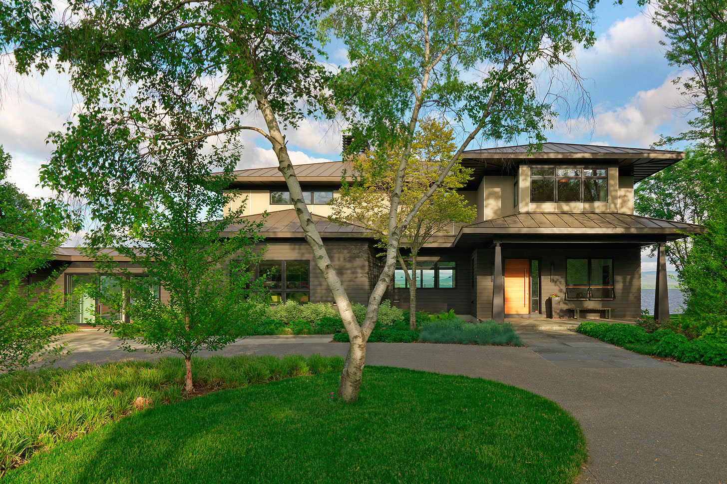 Modern lake house elizabeth liz herrmann vt architect